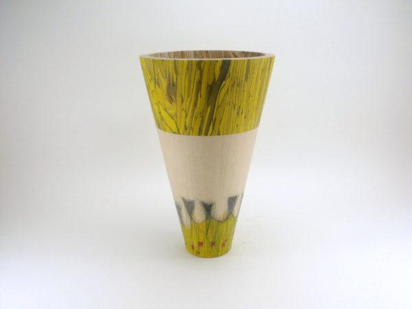 Vase jaune à motifs - Gilles McInnis