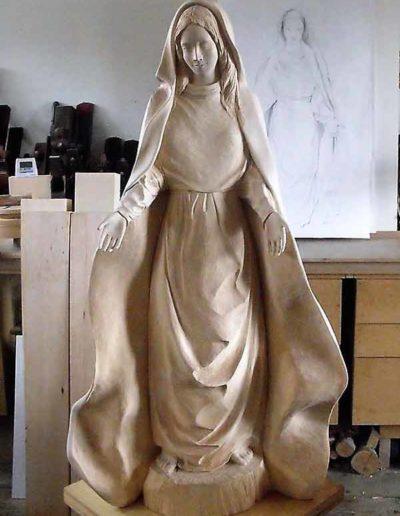 Diverses-etapes-de-la-sculpture-de-la-Vierge-(12)