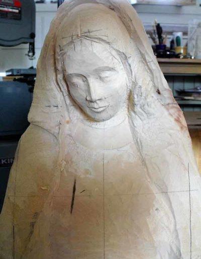 Diverses-etapes-de-la-sculpture-de-la-Vierge-(4)