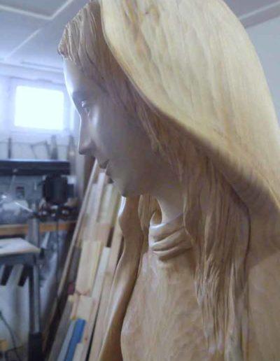 Diverses-etapes-de-la-sculpture-de-la-Vierge-(6)