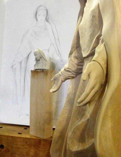 Diverses-etapes-de-la-sculpture-de-la-Vierge-(8)